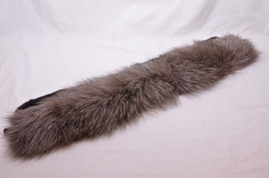 Max Mara Italian Fox Fur Collar 3
