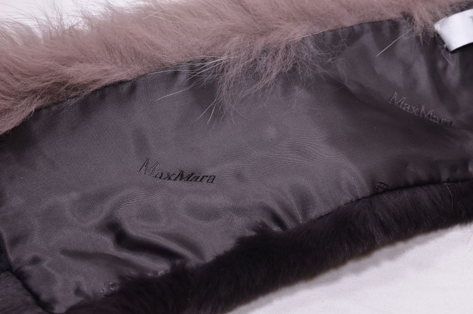 Max Mara Italian Fox Fur Collar 4
