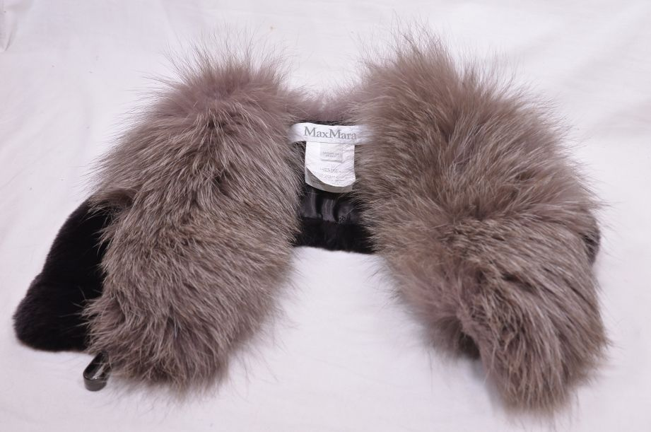 Max Mara Italian Fox Fur Collar 5