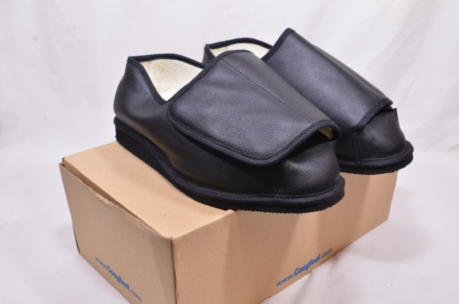 Cosyfeet Black Slipper Shoes Rowan - Brand new in box