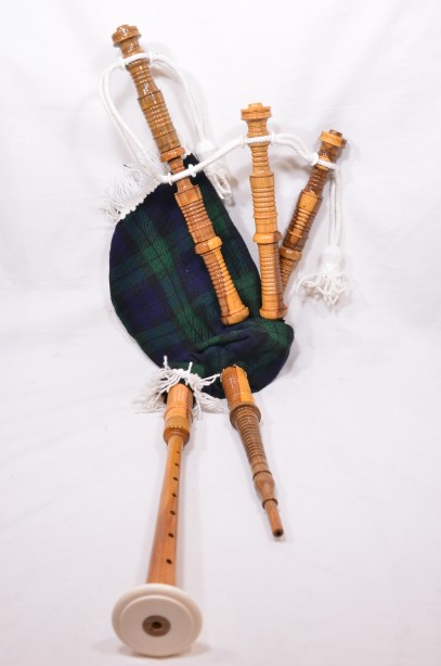 Clanullah Junior bagpipes by Gold Brothers of Kirkaldy