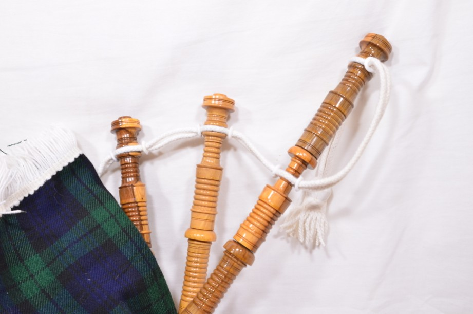 Clanullah Junior bagpipes by Gold Brothers of Kirkaldy 6
