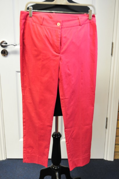 ROSSO35 Light Pale Red Cropped Slim Fit Trousers size 12 BNWT