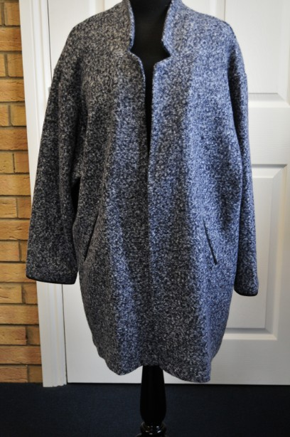 Mark and Spencer Cardigan Style Coat in Navy size 20 BNWT