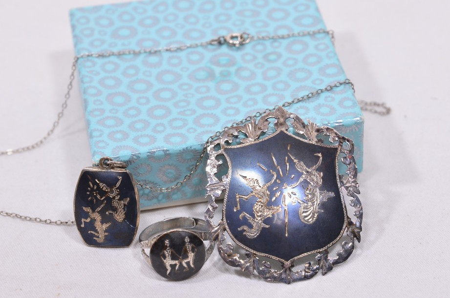 Thai Jewellery Set - Ring, Necklace & Brooch 1