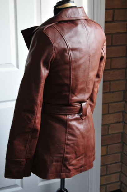 Ladies Whet blu Brown Leather Jacket good condition with wrap round tie up belt. 4