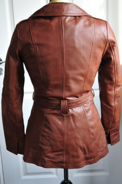 Ladies Whet blu Brown Leather Jacket good condition with wrap round tie up belt. 5