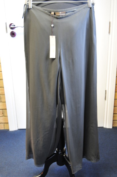 Women's Fenn Wright Manson Silk Chiffon Trousers in Forest Green size 12 BNWT