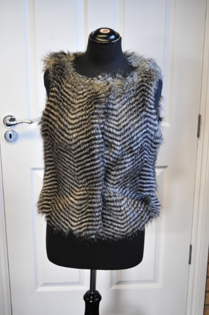 Women's Warehouse Faux Fur Gilet in Grey and Black size M