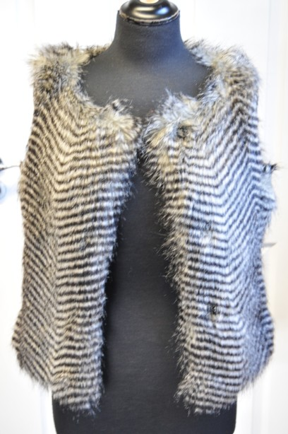 Women's Warehouse Faux Fur Gilet in Grey and Black size M 6