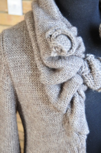 Women's Phase Eight Chunky Knit Cardigan in Taupe size M 3