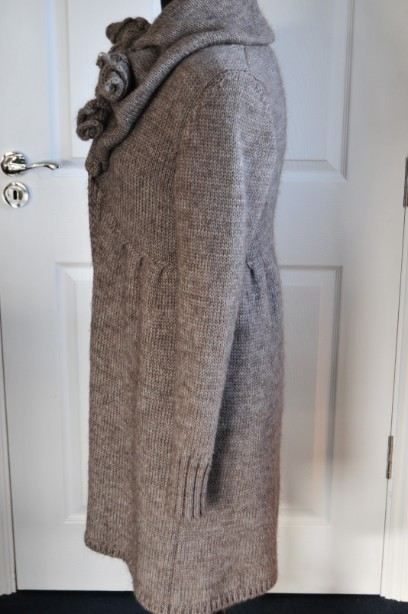 Women's Phase Eight Chunky Knit Cardigan in Taupe size M 4