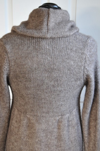 Women's Phase Eight Chunky Knit Cardigan in Taupe size M 7