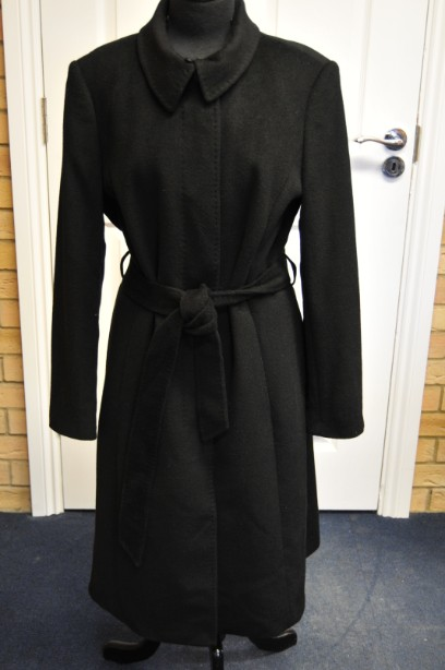Women's Jaeger Black Wool Blend Belted Coat Size 16