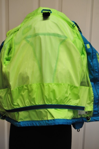 The North Face Boys HyVent Jacket in Bright Blue and Green size S/7-8 years 6