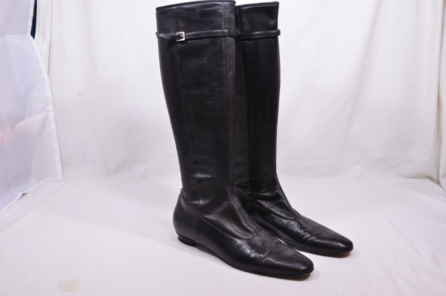 Authentic Vintage Chanel Black Leather Stretch Boots Size 36
