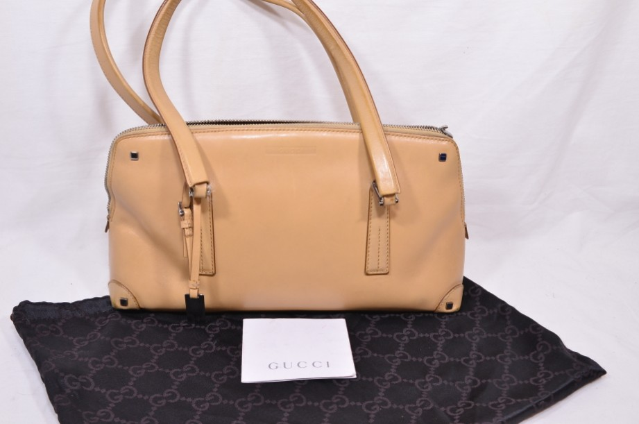 Authentic Vintage Gucci Beige Leather Shoulder Handbag​