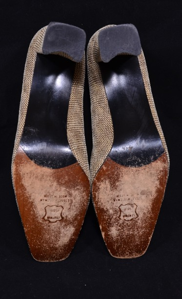 Smart Ladies Leather Russell & Bromley Court Shoes size 9.5/uk 7.5 7