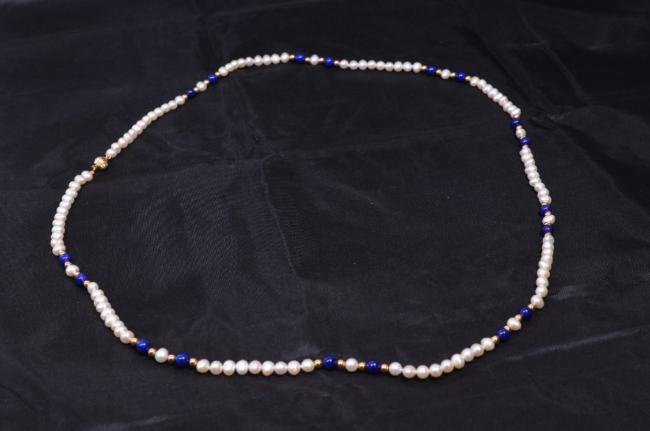 Lapis Lazuli and Freshwater Pearl necklace in pouch 2