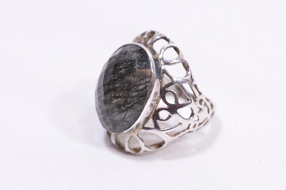Hallmarked Sterling Silver Rutilated Quartz ring  Size Large 4
