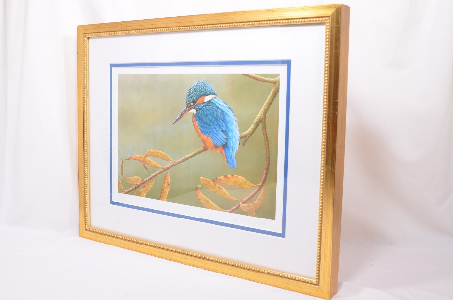 Kingfisher on Willow - Limited Edition Framed Print by Robert E Fuller 5