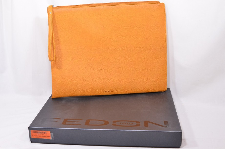 Fedon Leatherette Pochette for documents and tablet in orange 1