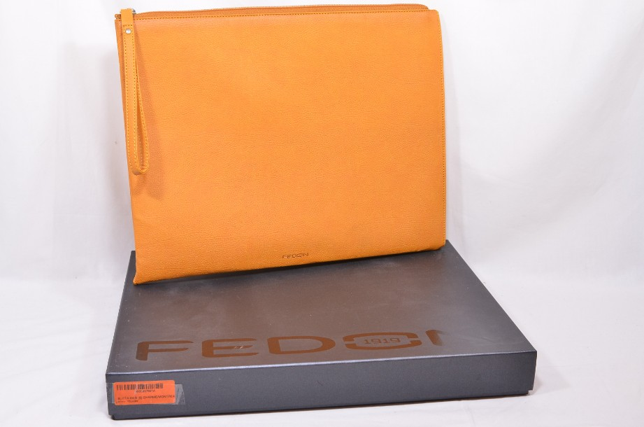 Fedon Leatherette Pochette for documents and tablet in orange 2