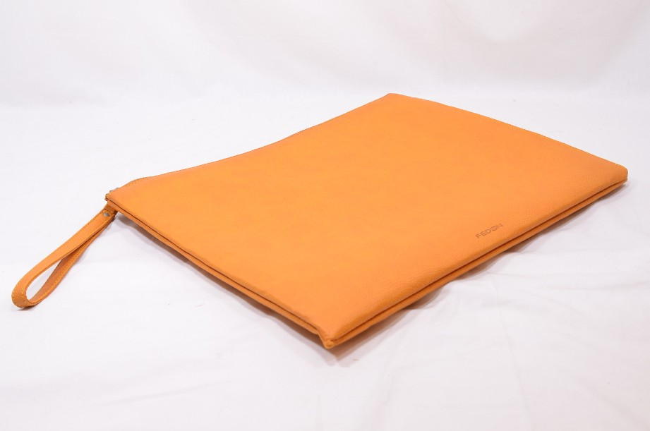 Fedon Leatherette Pochette for documents and tablet in orange 4