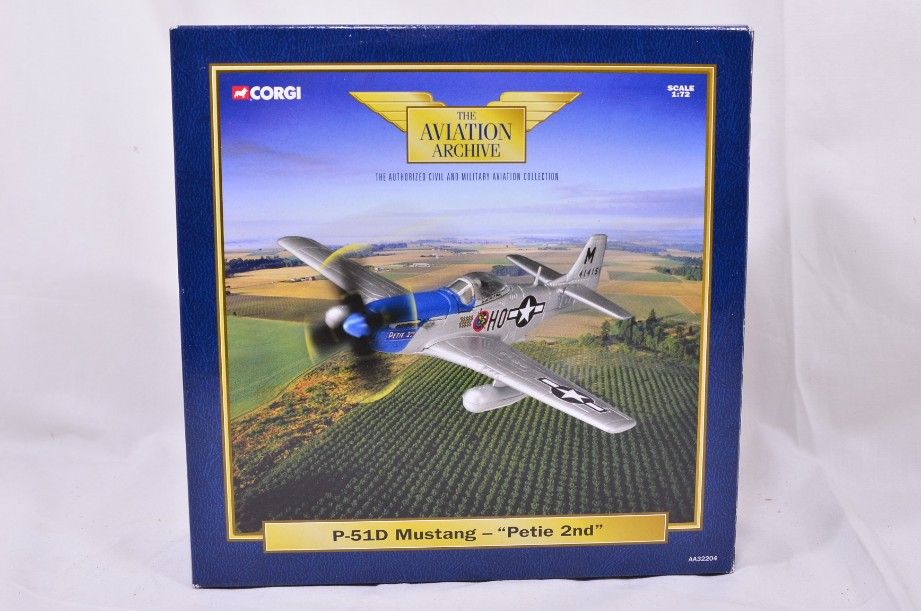 """1:72 Corgi The Aviation Archive P51D Mustang - """"Petie 2nd"""" AA32204 1"""