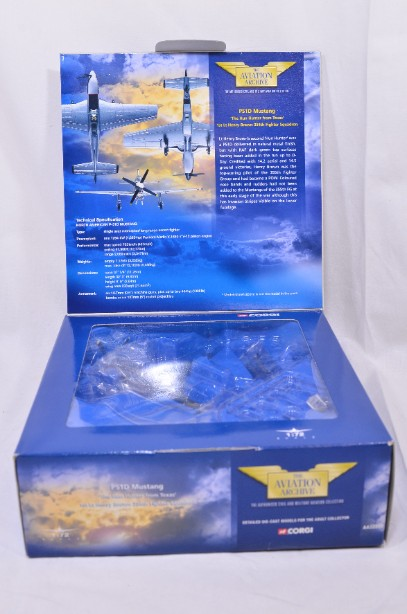 Corgi The Aviation Collection P51D Mustang 'The Hun Hunter from Texas' AA32202 2