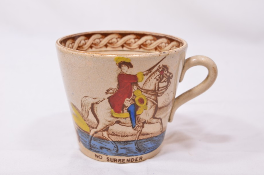 William III of Orange political 'No Surrender' cup, saucer and plate trio 3