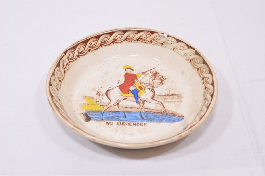 William III of Orange political 'No Surrender' cup, saucer and plate trio 8