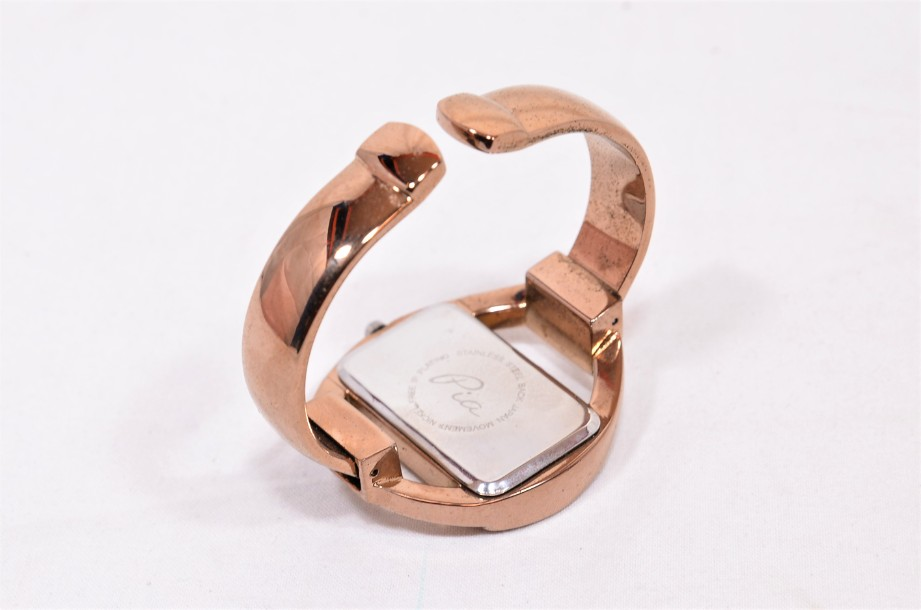 Pia Bangle Watch in Rose Gold Colour Boxed 3