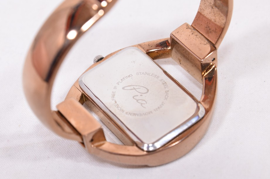 Pia Bangle Watch in Rose Gold Colour Boxed 4