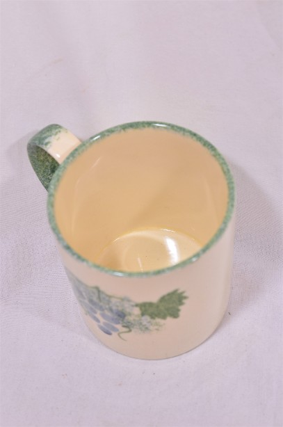 Pair of Matching Poole Pottery Hand-Painted Mugs with a Grapevine Design 4