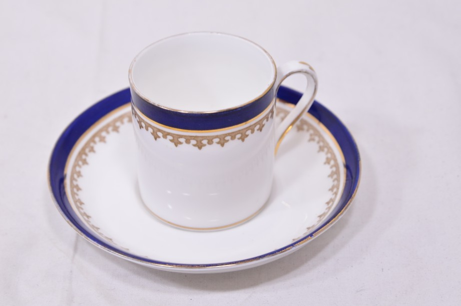 Crown Staffordshire Alfred B Pearce 6 coffee can cup and saucer set Blue & Gold 2