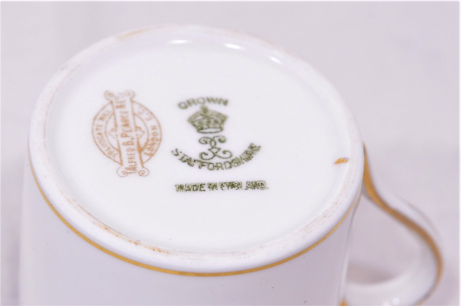 Crown Staffordshire Alfred B Pearce 6 coffee can cup and saucer set Blue & Gold 8