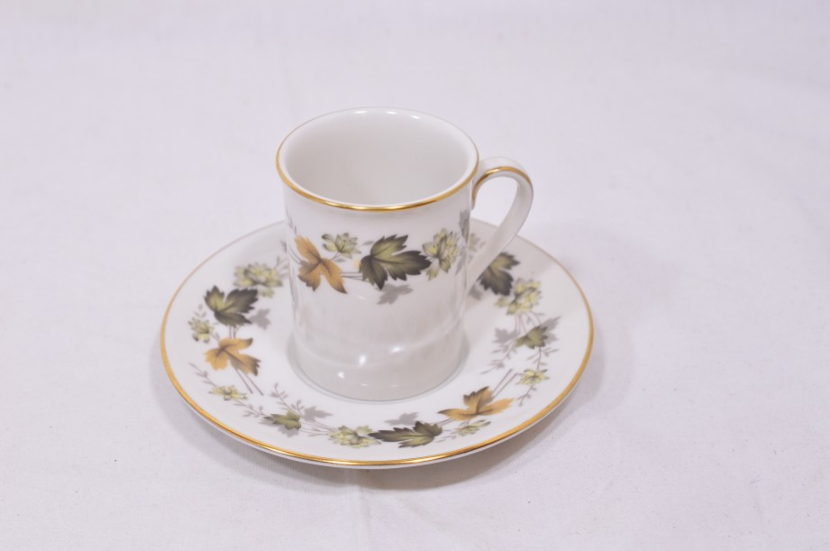 Royal Doulton Larchmont six-cup coffee can and saucer set 2