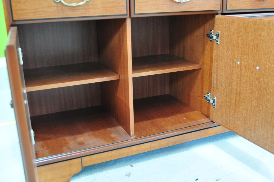 John E Coyle Cherry Wood Glass Fronted Drinks Display Cabinet 6