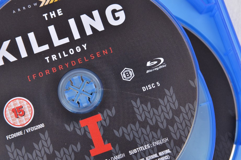 The Killing - 9 disc Blu-ray set - includes all 3 complete series (2012) 5