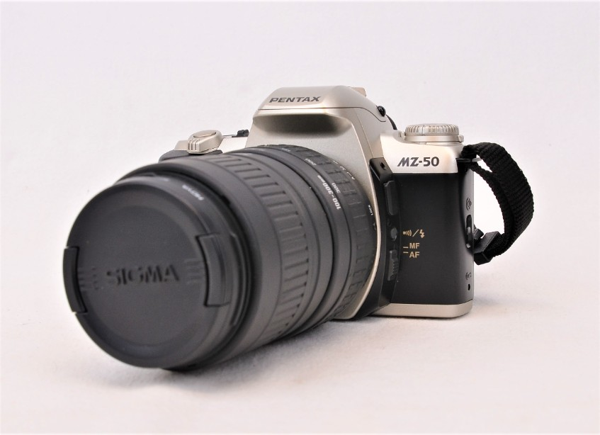 Pentax MZ-50 Analogue Film SLR Camera with Sigma 100-300mm f/4.5-6.7 Zoom Lens