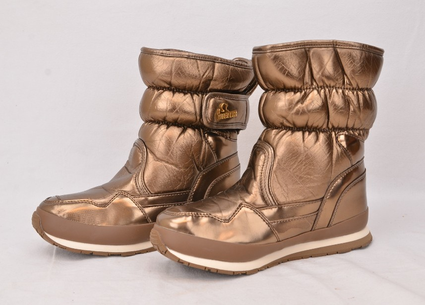 Rubber Duck Gold Metallic Boots size 6 - 5C191