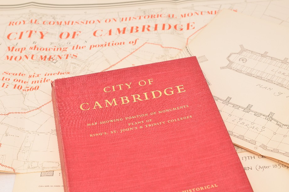 """RCHME """"City Of Cambridge - King's, St. John's, Trinity Colleges"""" - boxed"""